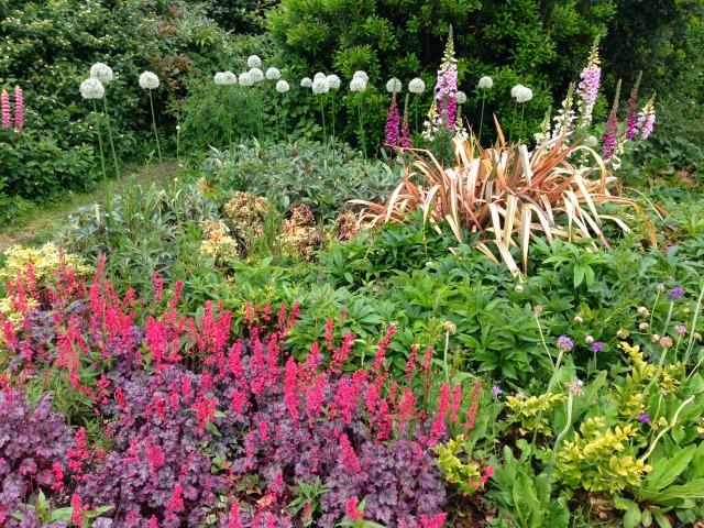 Cottage garden, flowers, Kensington